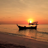 Silhouette of fishing boat Royalty Free Stock Photography