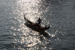 Silhouette of gondola in sunset Royalty Free Stock Photos