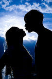 Silhouette of kissing people Royalty Free Stock Photo