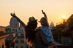 Silhouette of mother and baby girl in Rome Royalty Free Stock Photos