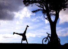 Silhouette of mountain biker Royalty Free Stock Photos