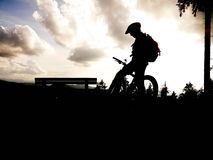 Silhouette mountain biker Royalty Free Stock Image