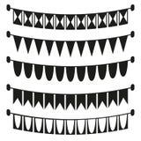 Silhouette noire et blanche de drapeaux de vacances illustration de vecteur