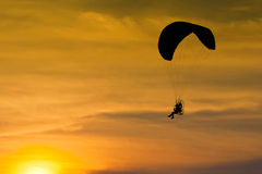 Silhouette of para motor. Glider Royalty Free Stock Images