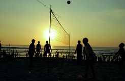 Silhouette people playing volleyball Royalty Free Stock Photo