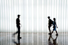 Silhouette of people walking Royalty Free Stock Photos