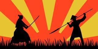 Silhouette samouraï japonaise de guerriers avec l'épée de katana sur l'orange Images stock
