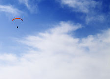 Silhouette of skydiver at sky Royalty Free Stock Photos