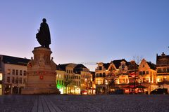 Silhouette of Statue of brewer,  14th century leader of Ghent, Jacob Van Artevelde Stock Photo