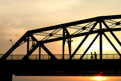 Silhouette steel bridge in evening Royalty Free Stock Photography