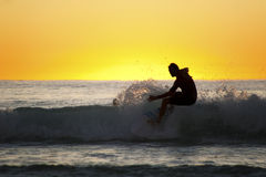 Silhouette of a surfer Royalty Free Stock Photography