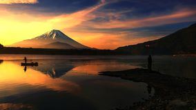 Lake shoji with Mt. Fuji at sunrise Stock Images