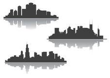 Silhouetten van cityscape van de binnenstad Stock Afbeeldingen