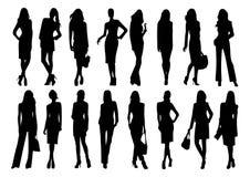 Silhouetten van elegante jonge vrouwen in verschillende bewegingen van de loopbrug vector illustratie