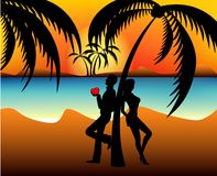 Silhouettes. Of two lovers on a beach Royalty Free Stock Photo