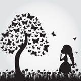 Silhouettes d'arbre de miracle des papillons et de la fille illustration libre de droits