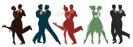 Silhouettes de cinq couples portant des vêtements dans le style des années '20 dansant la rétro musique illustration libre de droits