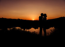 Silhouettes de couples Image stock