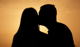 Silhouettes de couples Photos stock