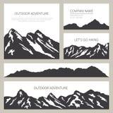 Silhouettes de montagnes sur le fond blanc Conception de cartes extérieure Photographie stock libre de droits