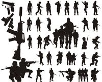 Silhouettes et bras de soldat Photo stock