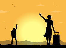 Silhouettes of people greet. In the sunset Royalty Free Stock Photos