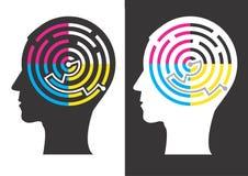 Silhouettes principales avec le labyrinthe de couleurs d'impression Images libres de droits