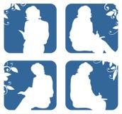 silhouettes som sitter kvinnor Royaltyfria Bilder