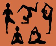 Silhouettes of women doing yoga, illustration stock illustration