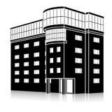 Silhouettez l'immeuble de bureaux avec une entrée et une réflexion Image stock