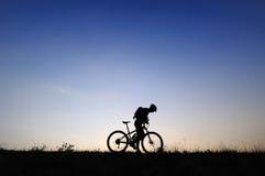 silhoutte велосипедиста Стоковая Фотография RF