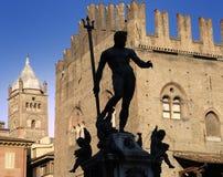 Silhoutte van het Standbeeld van Neptunus, Bologna. Royalty-vrije Stock Foto