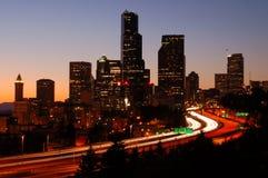 Silhoutted Seattle da baixa Fotos de Stock Royalty Free