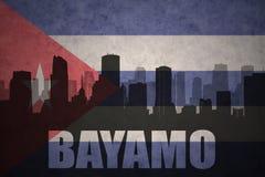 Silhueta abstrata da cidade com texto Bayamo na bandeira do cubano do vintage ilustração do vetor