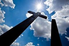 Silhueta alta das cruzes imagens de stock royalty free