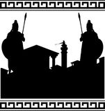 Silhueta da cidade antiga e dos guardiães Imagens de Stock Royalty Free