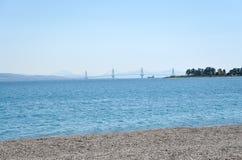 Silhueta da ponte de Charilaos Trikoupis imagem de stock royalty free