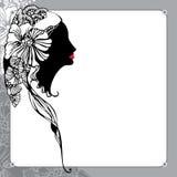 Silhueta da senhora do vintage em um fundo floral Fotos de Stock Royalty Free