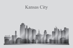 Silhueta da skyline de Kansas City no grayscale Fotografia de Stock