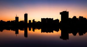 Silhueta da skyline de Viena no Danube River Imagem de Stock Royalty Free