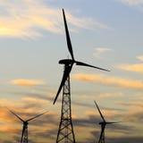 Silhueta da turbina eólica Imagem de Stock