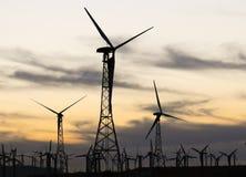 Silhueta da turbina eólica Imagem de Stock Royalty Free