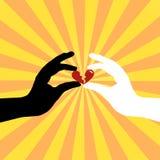 Silhueta das mãos que conservam o amor Imagens de Stock