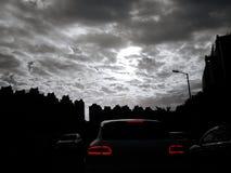 Silhueta de estradas de construção urbanas fotografia de stock royalty free