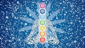 Silhueta de um iogue em uma posição de lótus na perspectiva de um céu estrelado de giro e das pétalas da mandala ilustração do vetor