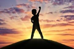 Silhueta de uma criança feliz imagens de stock royalty free