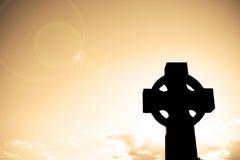 Silhueta de uma cruz Fotografia de Stock Royalty Free