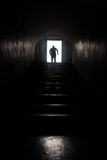 Silhueta dentro de um túnel Imagem de Stock Royalty Free