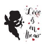 Silhueta do amor do cupido com curva e seta e amor Imagem de Stock Royalty Free