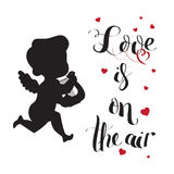 A silhueta do amor do cupido com harpa e amor está no ar Foto de Stock